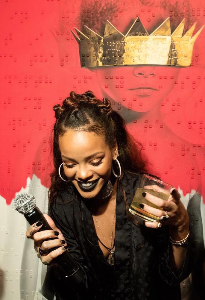 Rihanna-ANTI-4