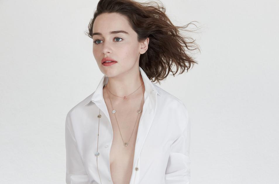 Emilia-Clarke-Dior-Rose-Vents-1