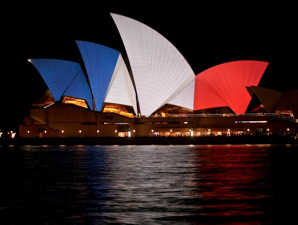 Hommages-Paris-Sydney-1