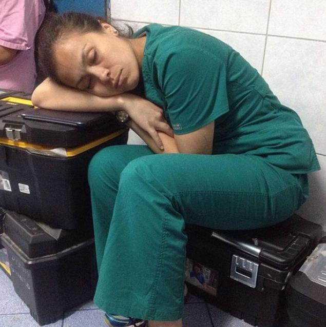 Medecins-Dormir-Travail-3
