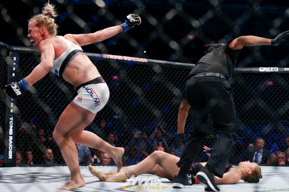 Ronda-Rousey-Defaite-Holly-Holm-4