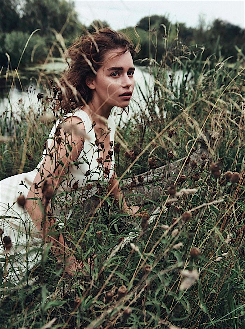 Emilia-Clarke-Dior-Magazine-2