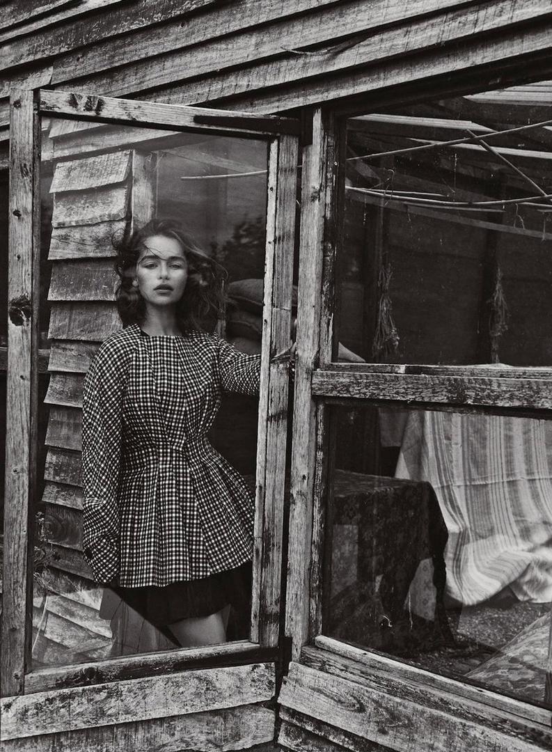 Emilia-Clarke-Dior-Magazine-6