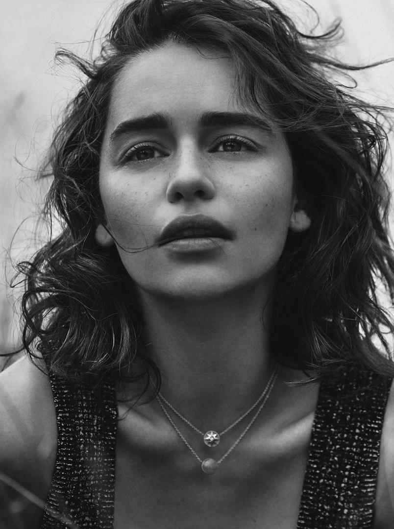 Emilia-Clarke-Dior-Magazine-9