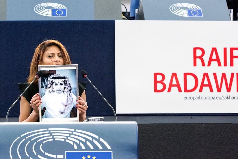Raif-Badawi-Ensaf-Haidar-Femme-3
