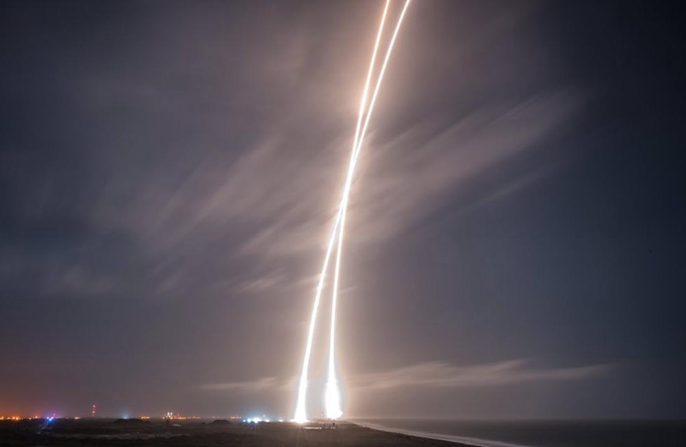 SpaceX-Elon-Musk-Fusee-4