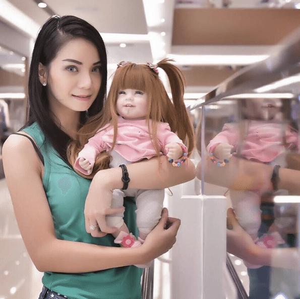 Child-Angel-Poupees-Thailande-1