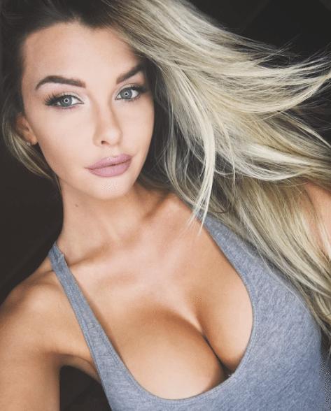 Emily-Sears-Photos-Penis-Copine-1