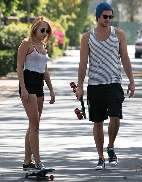Miley-Cyrus-Liam-Hemsworth-Couple-Fiancailles-3