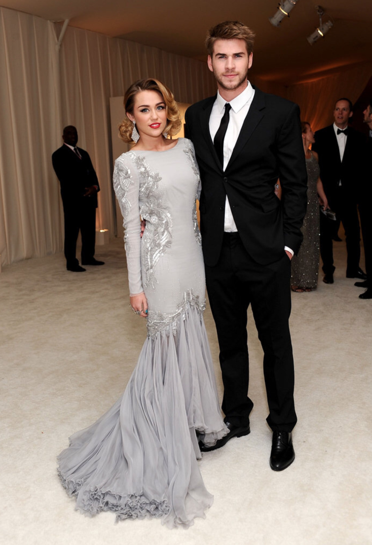 Miley-Cyrus-Liam-Hemsworth-Couple-Fiancailles-6