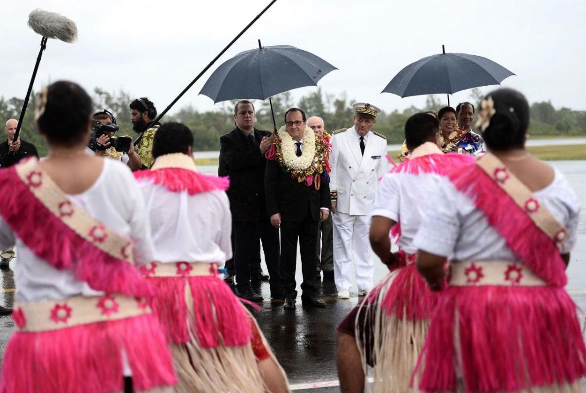 Francois-Hollande-Wallis-Futuna-2