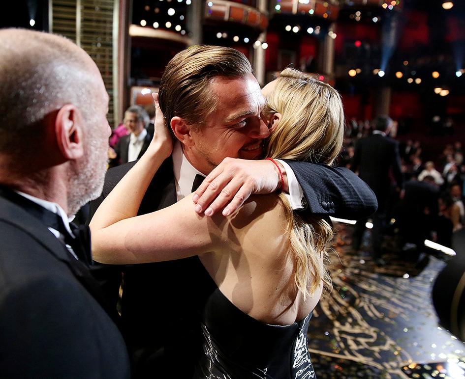 Leonardo-DiCaprio-Oscar-2016-3
