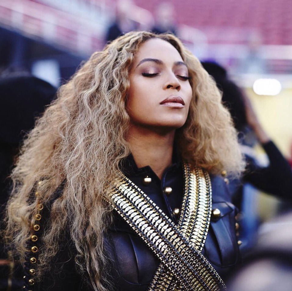 Super-Bowl-2016-Beyonce-Bruno-Mars-Coldplay-4