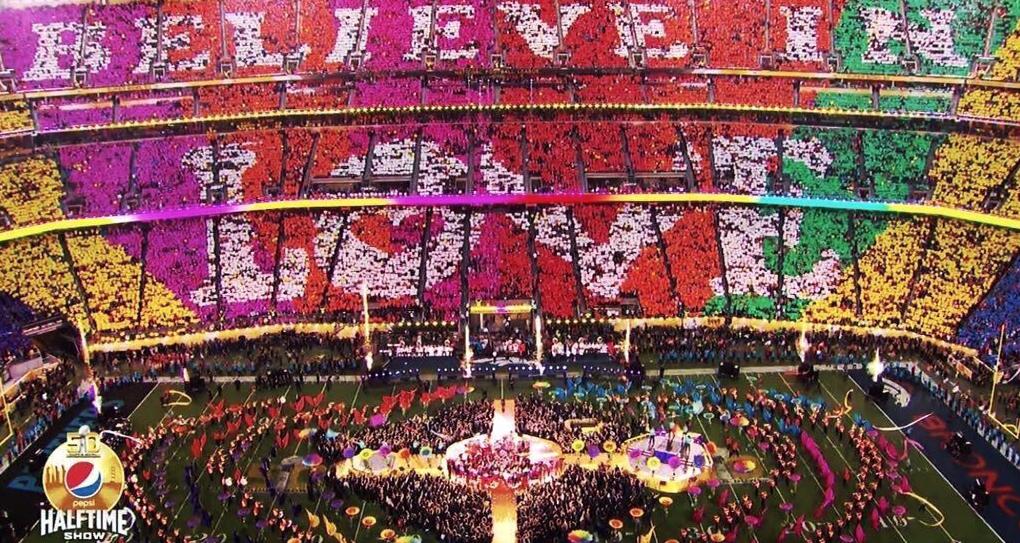 Super-Bowl-2016-Beyonce-Bruno-Mars-Coldplay-8