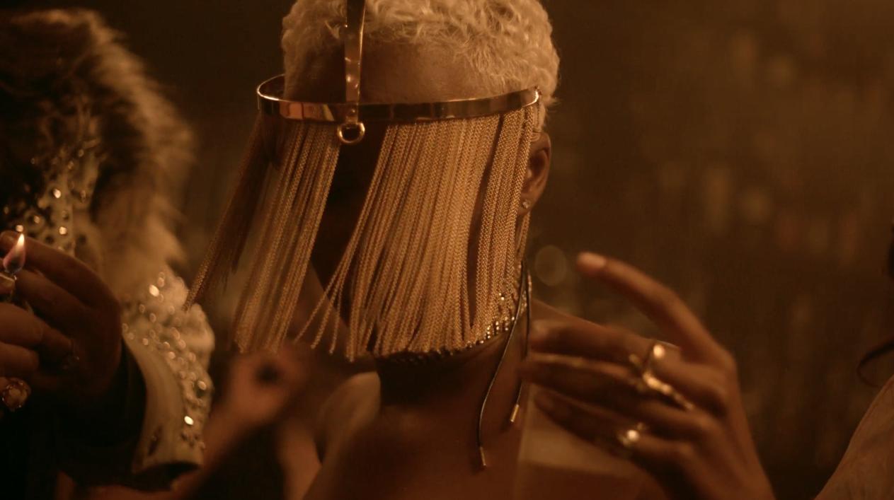 Work-Rihanna-Drake-MV-2