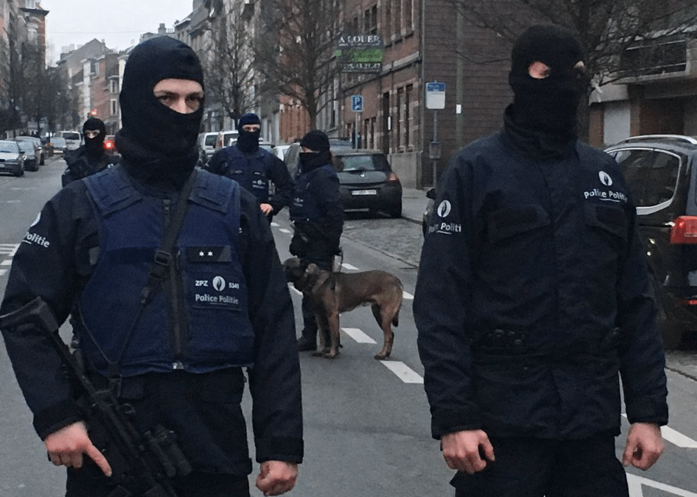 Arrestation-Abdeslam-Molenbeek-5
