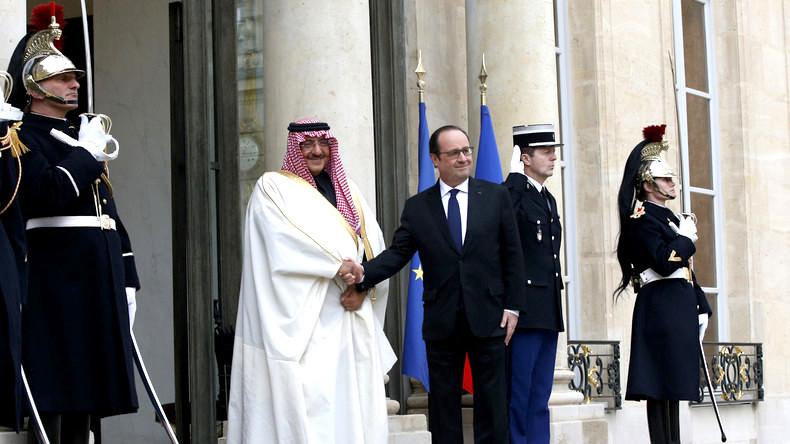 Francois-Hollande-Arabie-Saoudite-Prince-Legion-Honneur-2