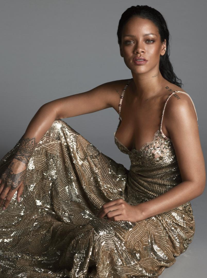 Rihanna-Vogue-4