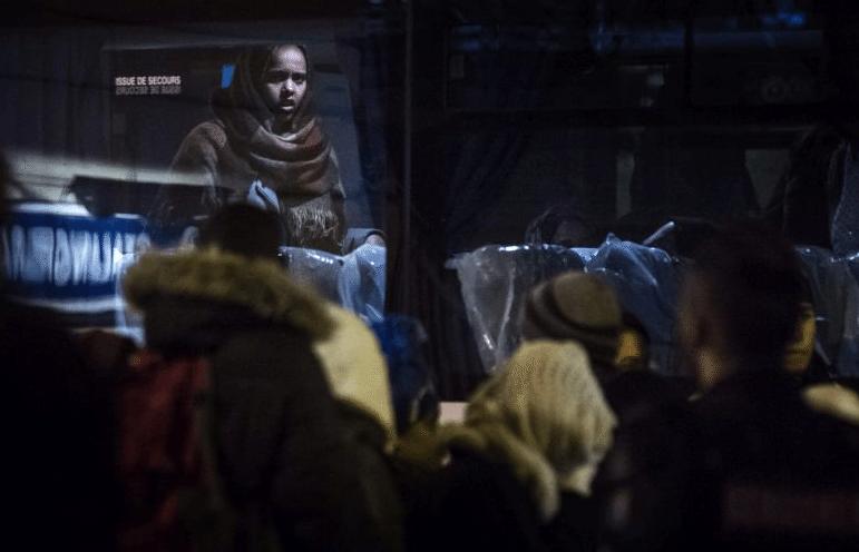 Stalingrad-Evacuation-Camp-Migrants-3