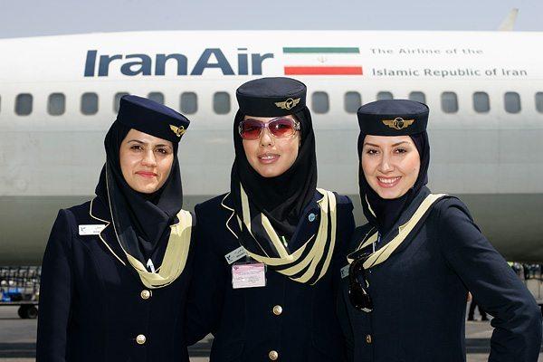 Air-France-Teheran-Paris-Iran-Hotesses-Voile-1