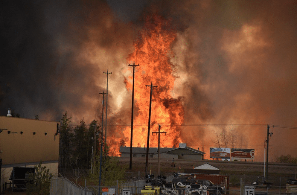 Incendie-Fort-Mcmurray-Canada-1