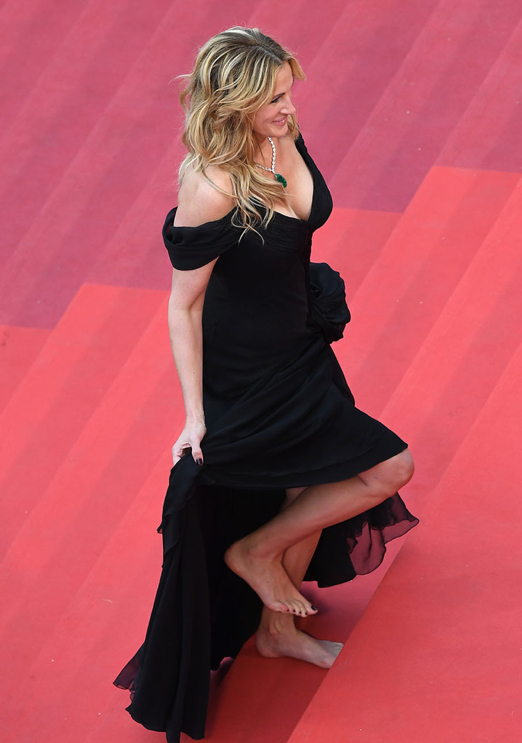 Julia-Roberts-Pieds-Nues-Cannes-1