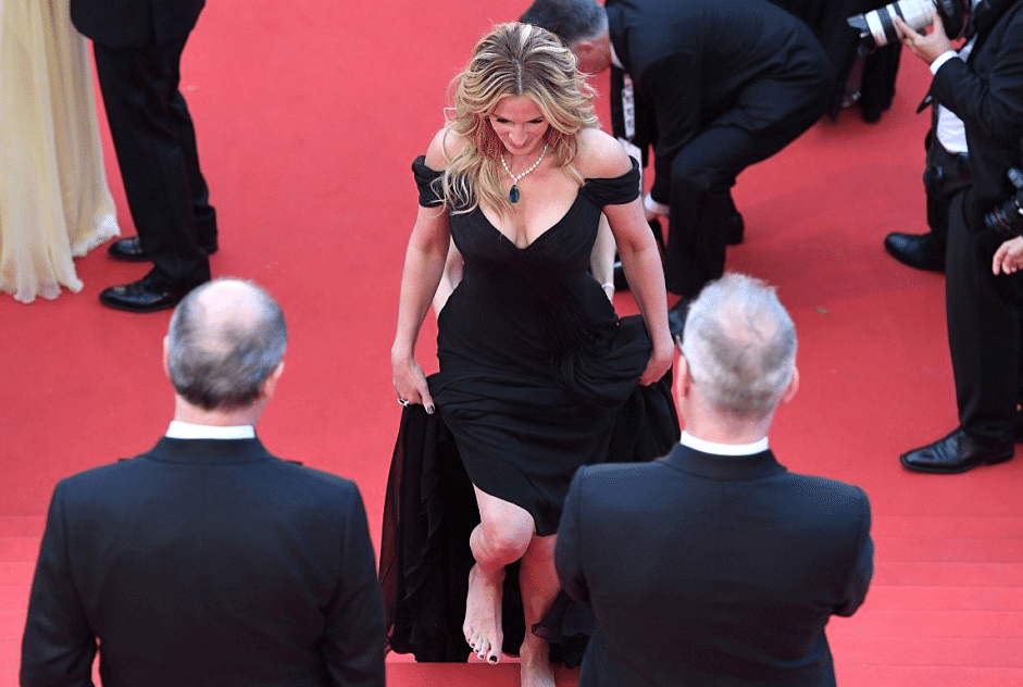 Julia-Roberts-Pieds-Nues-Cannes-2