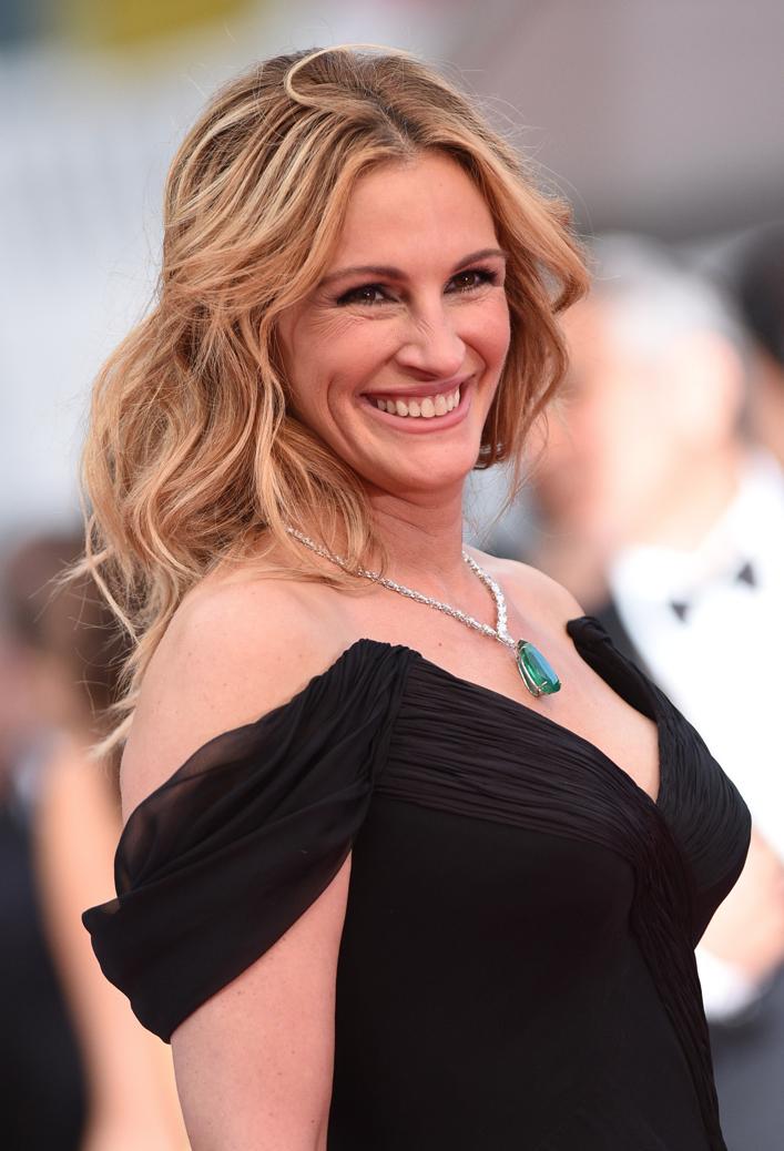 Julia-Roberts-Pieds-Nues-Cannes-8