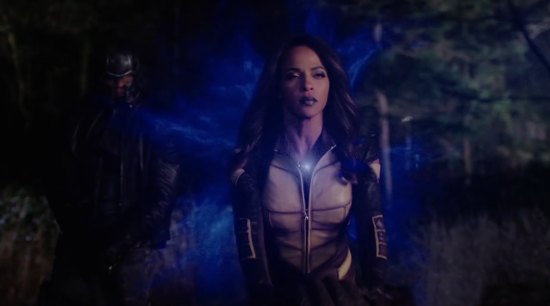 Supergirl-Flash-Arrow-Legend-Trailer-2
