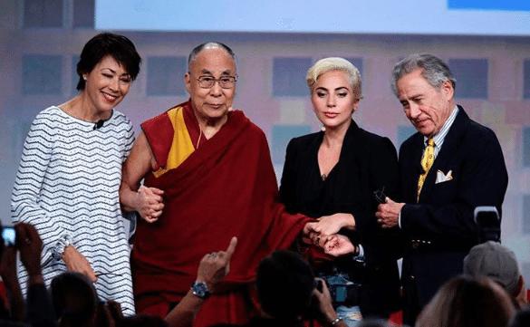 Dalai-Lama-Lady-Gaga-2
