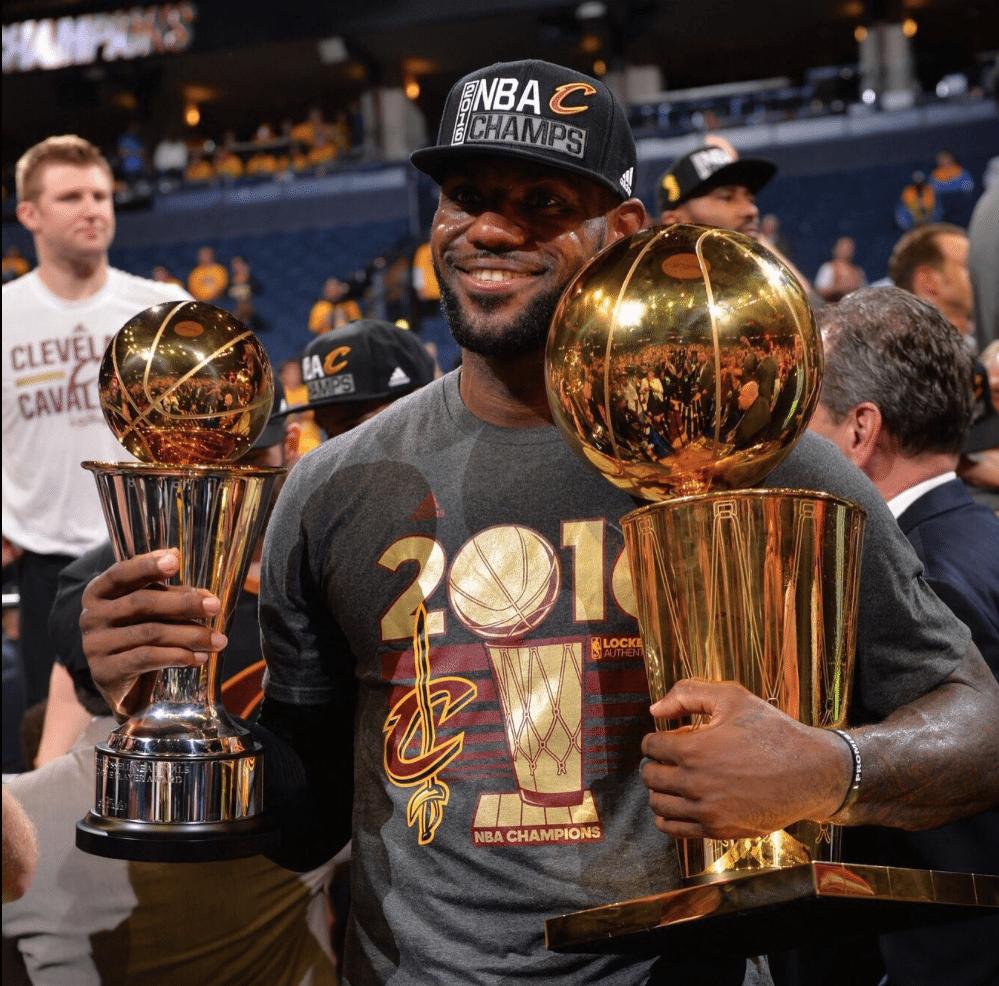 NBA-Finals-2016-Cavaliers-LeBron-4