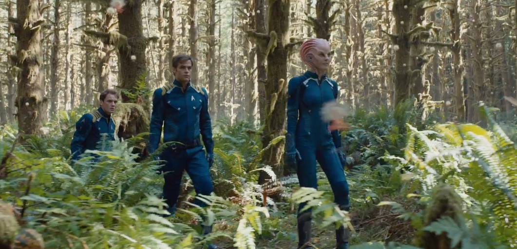 Star-Trek-Beyond-Final-Trailer-4