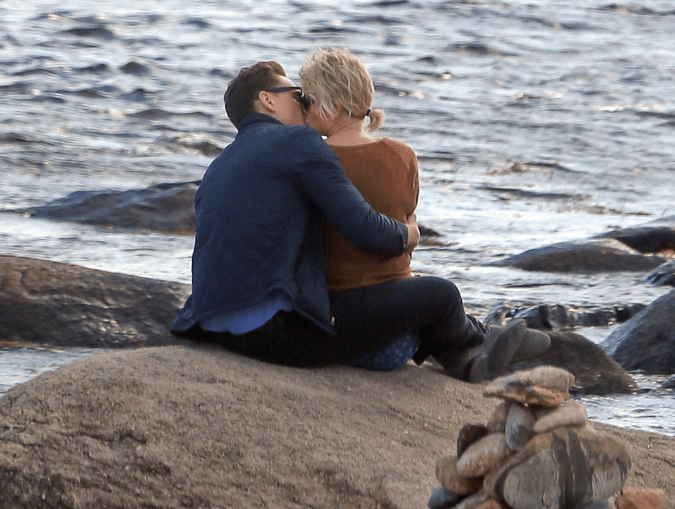 Taylor-Swift-Tom-Hiddleston-Couple-9