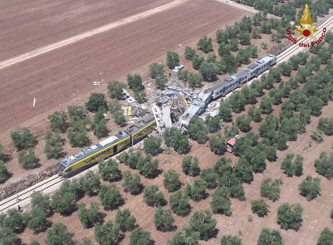 Collision-Ferroviaire-Italie-3