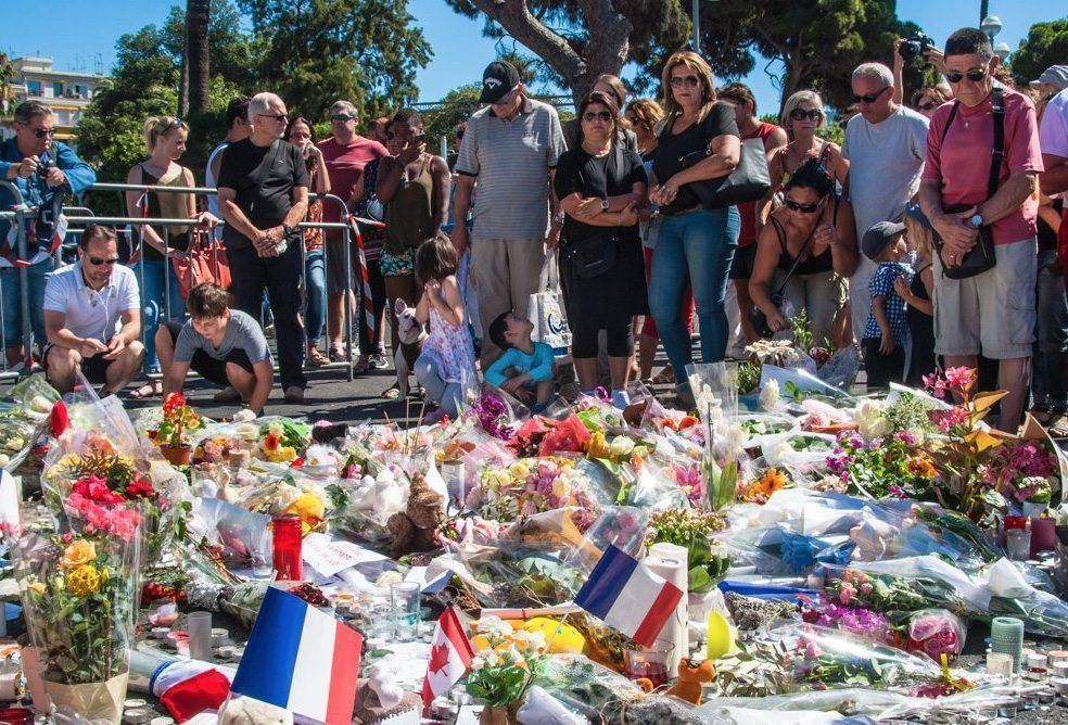Hommage-Victimes-Nice-5