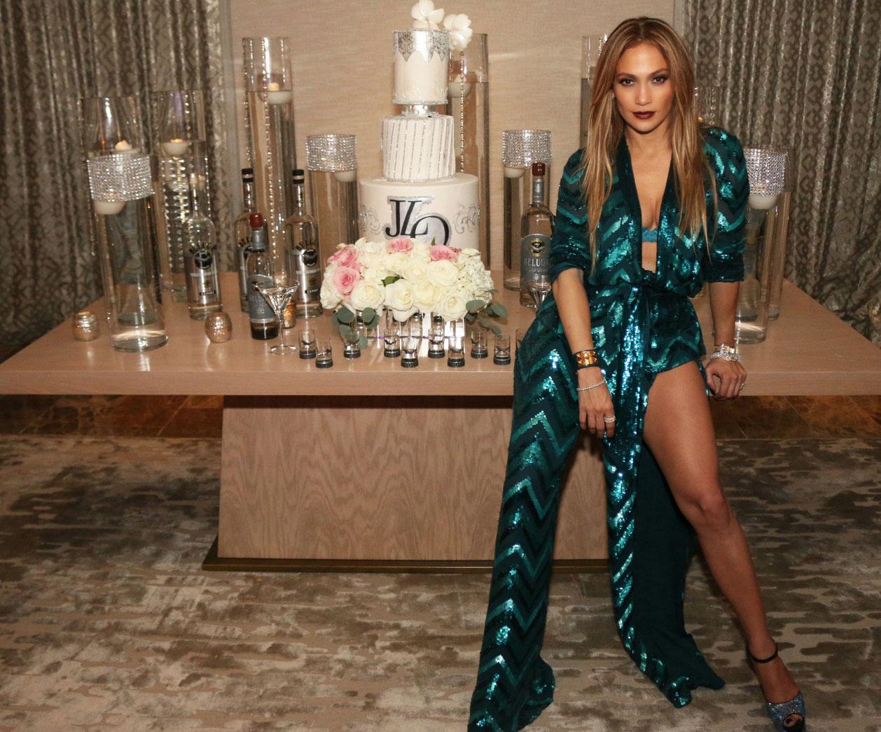 Jennifer-Lopez-47-Ans-5