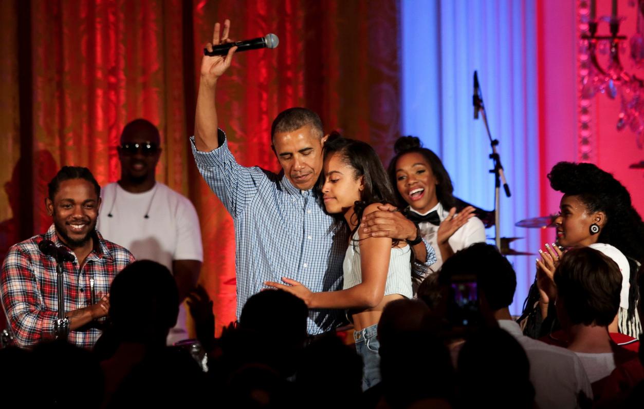 Obama-Malia-Anniversaire-3
