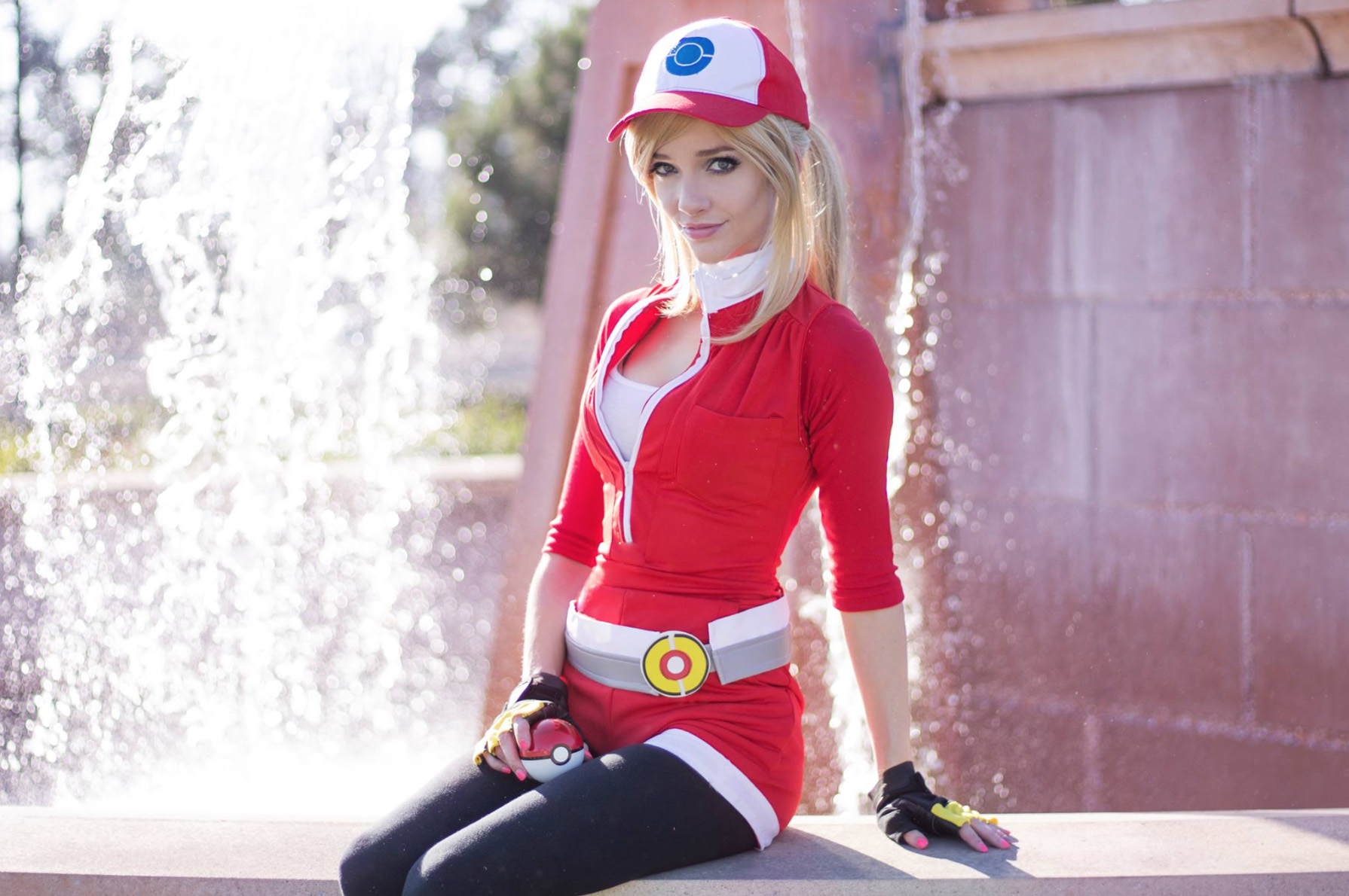 Pokemon-Go-Liz-Ginny-Cosplay-1