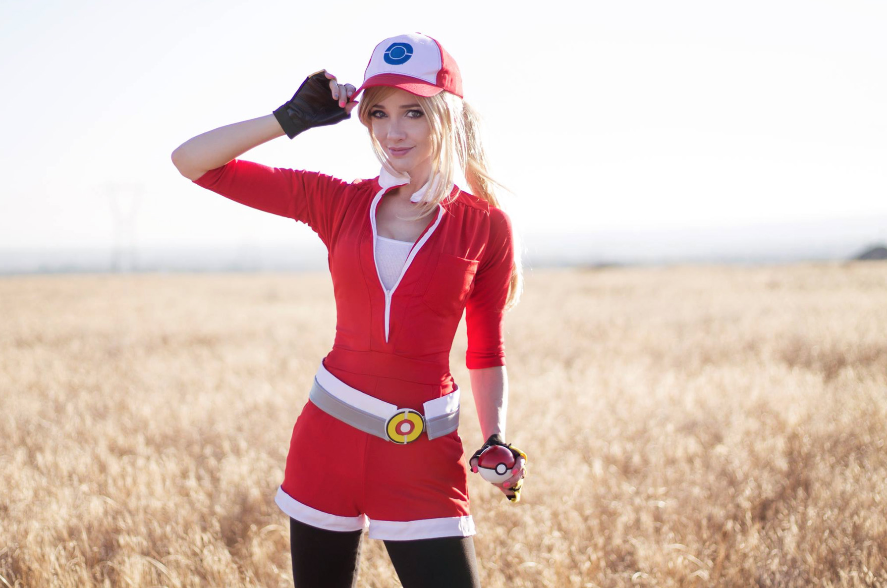 Pokemon-Go-Liz-Ginny-Cosplay-2