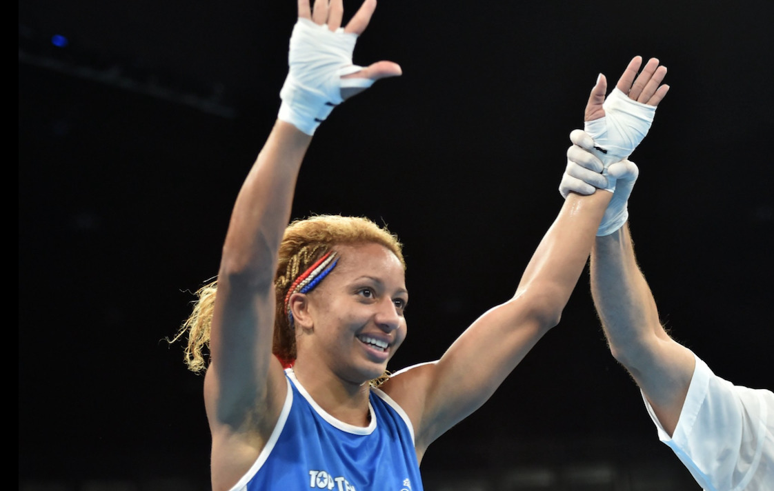 Estelle-Mossely-Championne-Olympique-Boxe-1