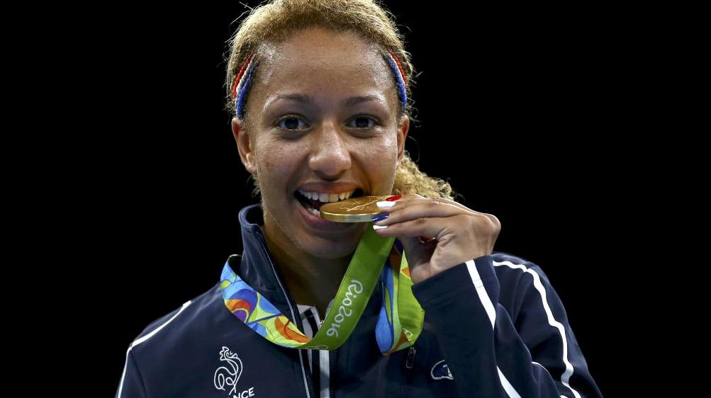 Estelle-Mossely-Championne-Olympique-Boxe-2