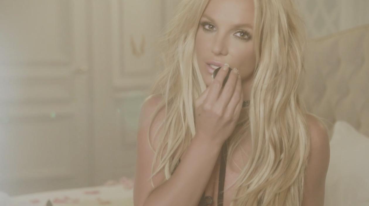 Make-me-Britney-Spears-4