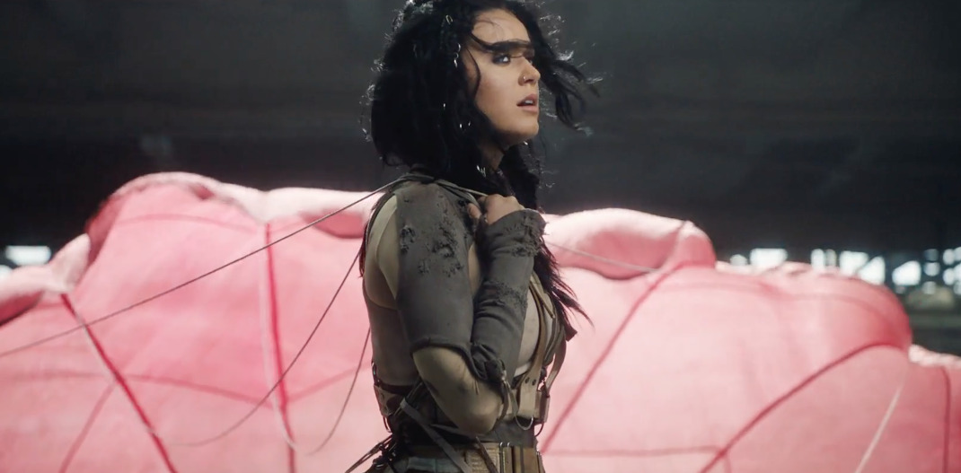 Rise-Katy-Perry-3