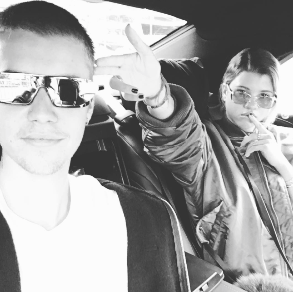 Selena-Ended-Justin-Party-1