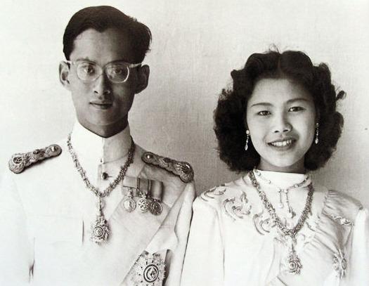 mort-roi-thailande-bhumibol-2