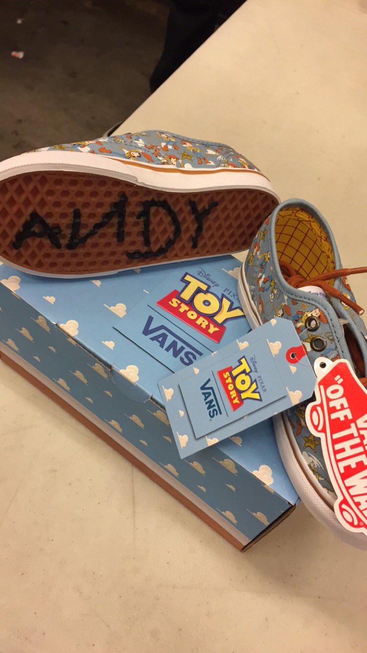 vans-pixar-toy-story-chaussures-6
