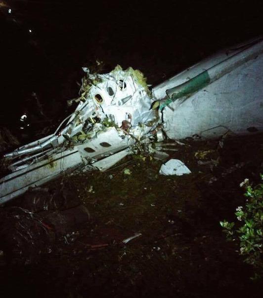 crash-avion-colombie-2