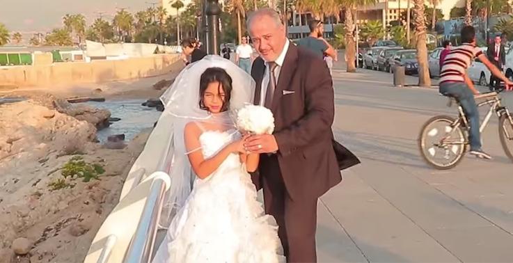 tunisie une ado de 13 ans viol e par un membre de sa famille et forc e de se marier avec. Black Bedroom Furniture Sets. Home Design Ideas